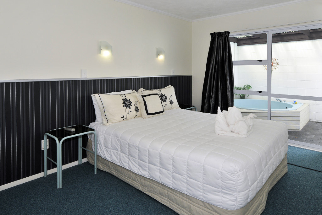 2 bedroom unit at Palm Court Rotorua, rotorua accommodation