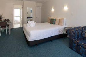 Palm Court Rotorua motel decor Twin unit